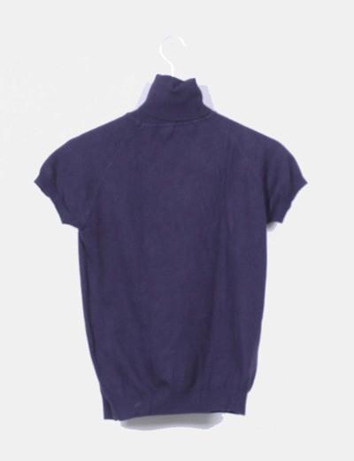 Top tricot azul marino cuello vuelto