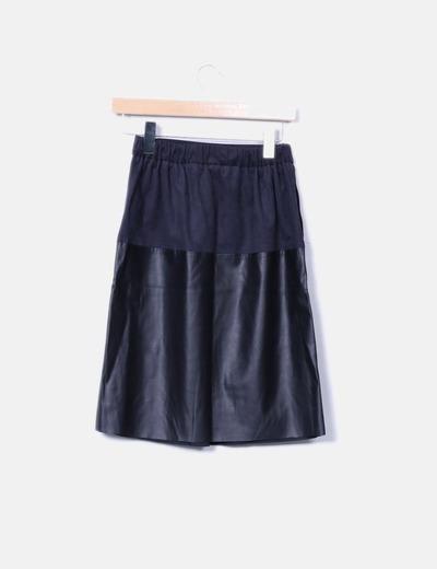 Falda midi combinada negra