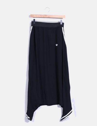 Pantalón baggy fluido negro Adidas