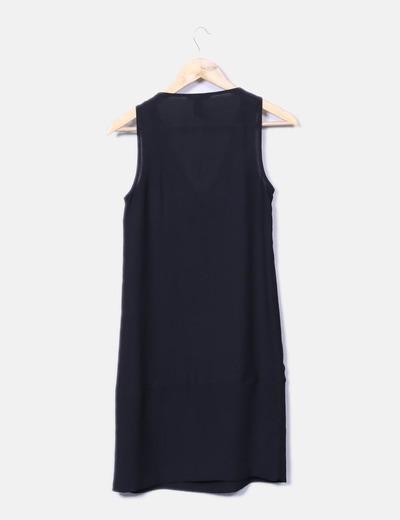 Vestido negro fluido con strass