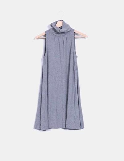 Vestido gris básico con cuello alto Suiteblanco