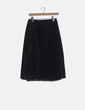 Falda midi negra detalles lenceros Zara