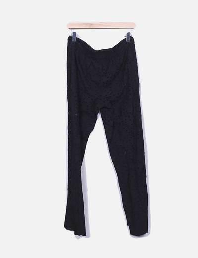 Pantalón negro troquelado Suiteblanco