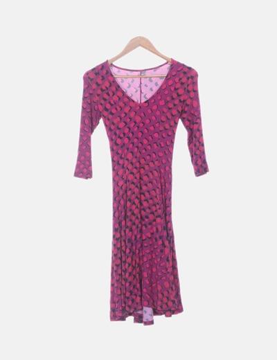 Vestido con vuelo rosa estampado