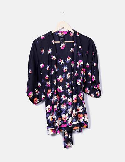 kimono satén negro floral H&M