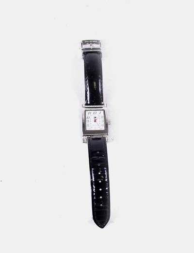 Reloj negro detalle strass