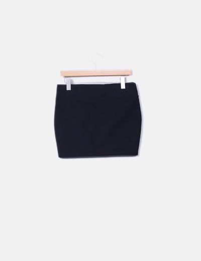 Minifalda negra con cremalleras