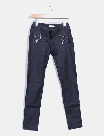 Pantalón negro efecto cuero LELY WOOD