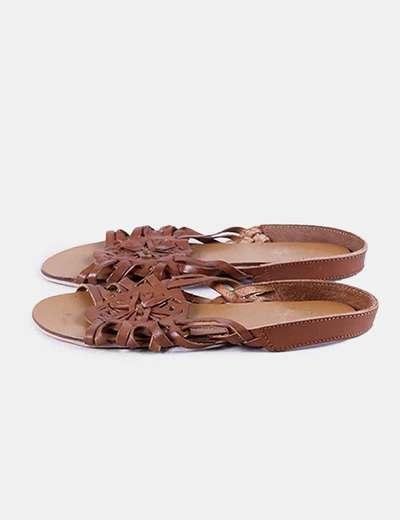 Sandalia plana marrón Primark