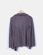 Cárdigan gris efecto camiseta negra Venca
