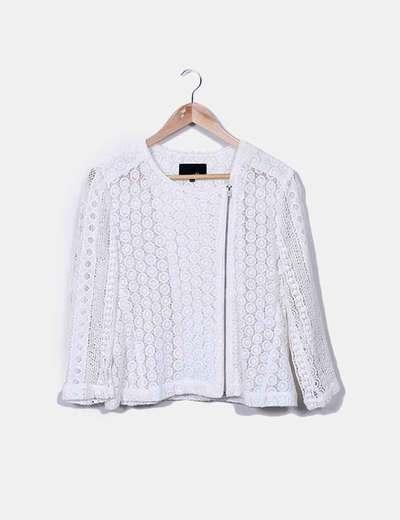 Chaqueta blanca crochet Etam