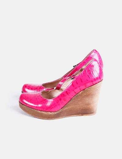 Zapatos rosas con cuña