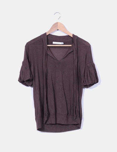 Blusa marrón con mangas abullonadas Zara