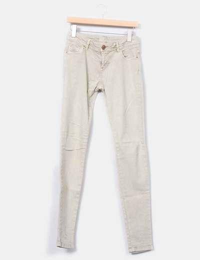 Jeans pitillo verdoso  Pull&Bear