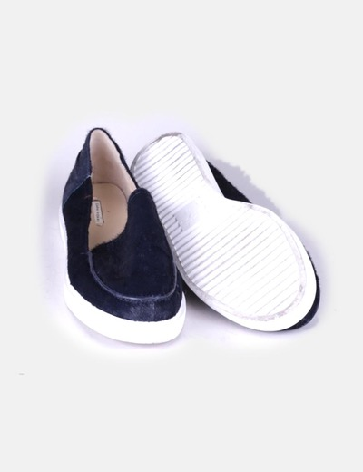 Zapato plano texturizado azul marino
