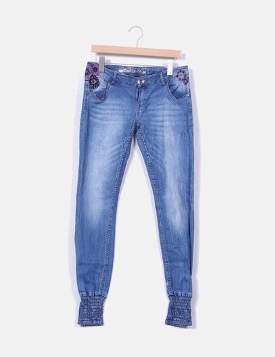 Jeans baggy denim bordado Desigual
