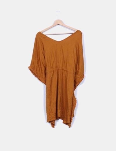 Vestido oversize mostaza texturizado