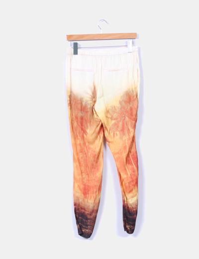 Pantalon fluido satinado estampado
