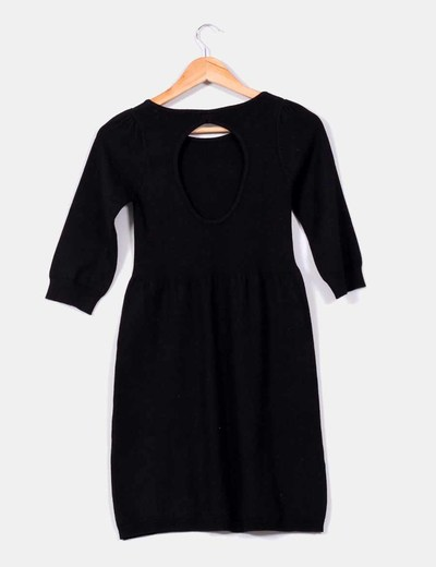 Vestido negro espalda afuera
