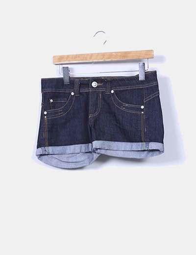 Shorts vaquero azul oscuro con dobladillo Suiteblanco