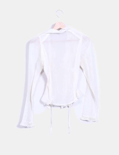 Blusa hippie blanco roto abotonada