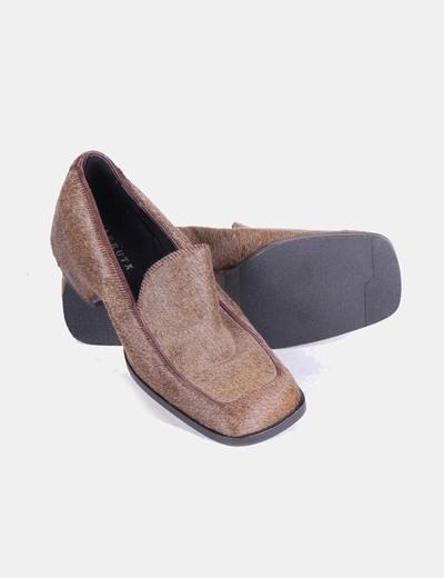 Zapato kaki