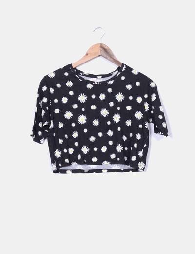 Camiseta negra corta estampado margaritas Lefties