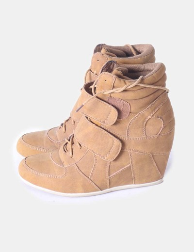 Sneackers color camel