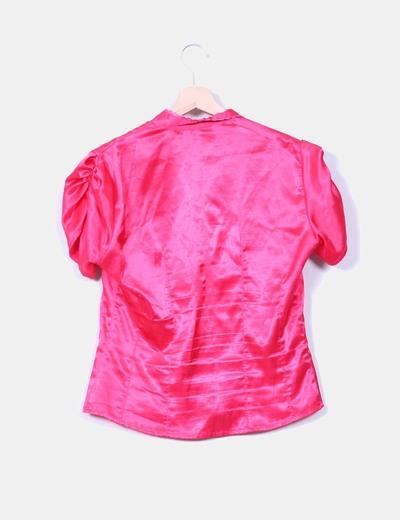 Camisa rosa de raso mangas drapeadas
