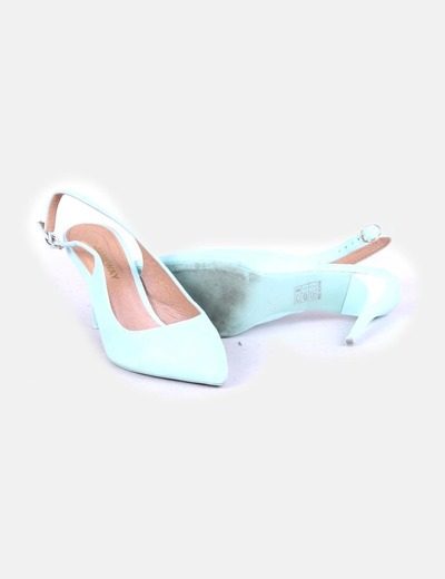 Zapato azul claro