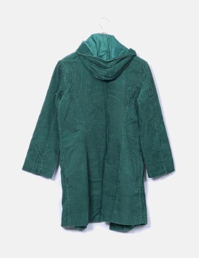 Abrigo de pana verde