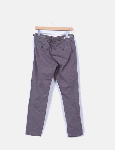 Pantalon de pinzas gris con cinturon
