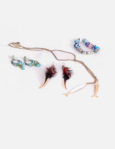 Conjunto de collares, pulseras y pendientes NoName