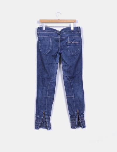 Jeans oscuro con goma inferior