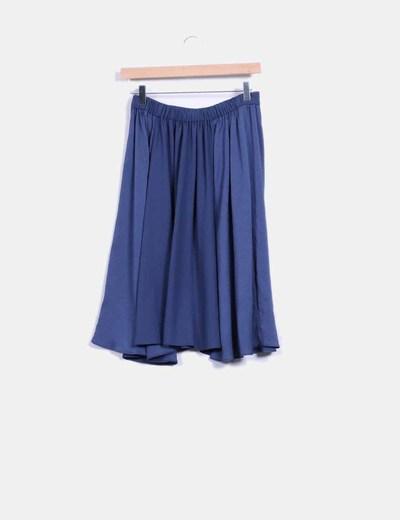 Falda azul de gasa