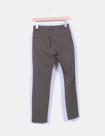 Pantalon sarga verde oscuro