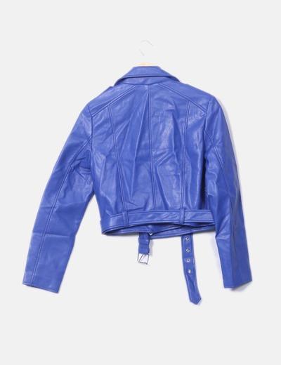 f1318afbecd0d Pull Bear Cazadora biker polipiel azul (descuento 44%) - Micolet