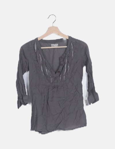 Blusa gris marengo plisada