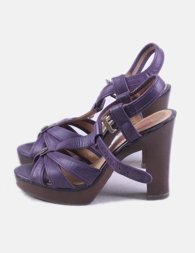 Sandalia de tacón morada