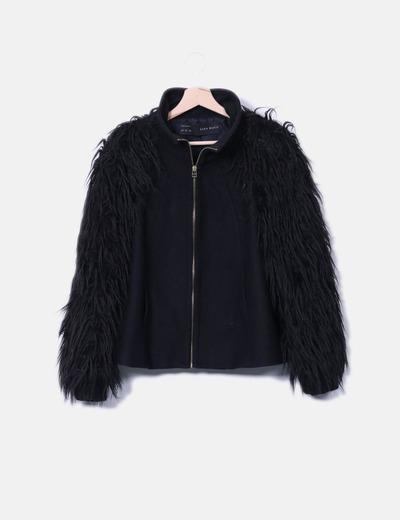 comprar popular 6333d 3a293 Abrigo negro combinado con pelo