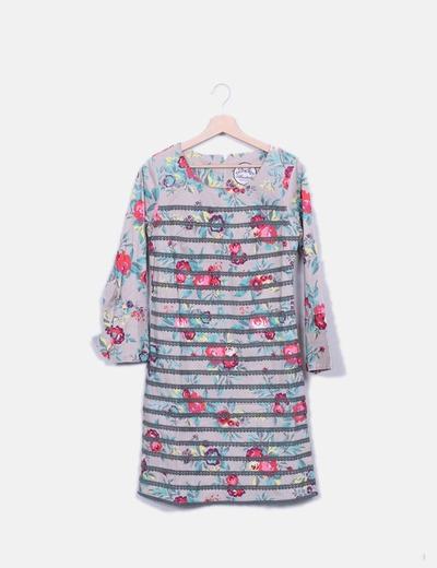 Vestido gris floral detalle puntillas Almatrichi
