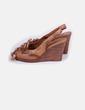 Zapato peep toe cuña de madera  Uterqüe