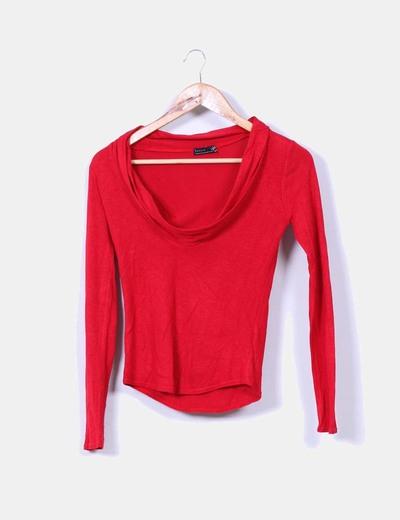 Tricot rojo con cuello vuelto Zara