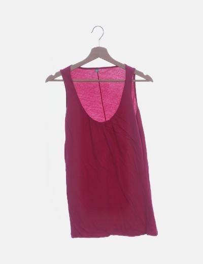 Camiseta rosa fucsia de tirantes