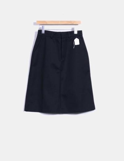 Falda deportiva negra midi adidas hyke