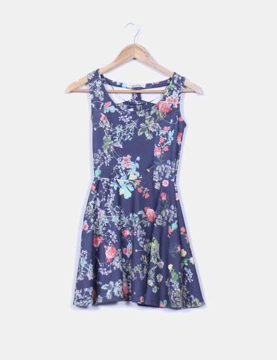 Vestido azul print floral con vuelo Pull&Bear