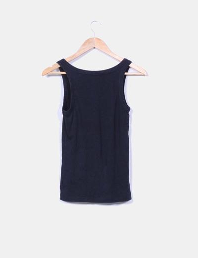 Camiseta negra basica