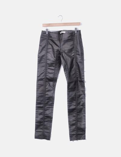 Pantalón encerado marrón pitillo