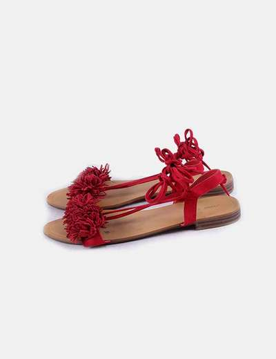 Sandalia roja flecos lace up Oysho