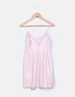Vestido rosa pastel de polipiel Bershka